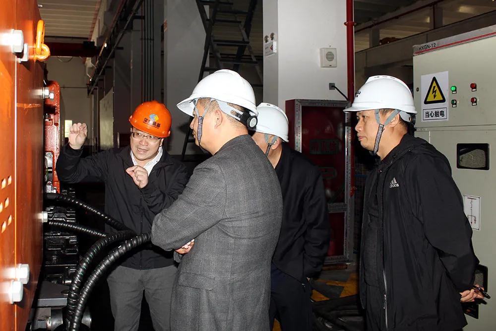 河南神火煤电领导一行考察华瀚装备